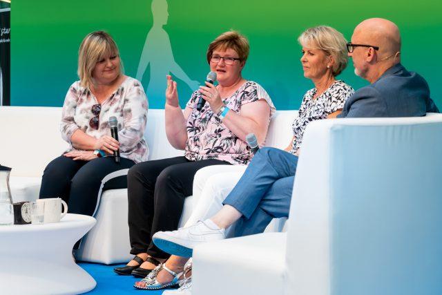 Welche Hilfsangebote gibt es bei psychischen Belastungen bei Krebs? Hierzu diskutierten Beate Hornemann, Diana Hohenstein, Ute Stahl. Foto: Pietschmann