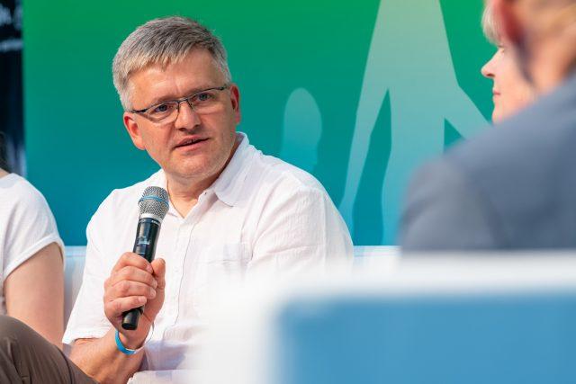 Rainer Pohl spricht zu dem Thema Partnerschaft und Sexualität Foto: Pietschmann